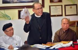 Three leaders from the Vietnamese Interfaith Council in America