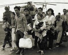 Vietnamese refugees in 1975