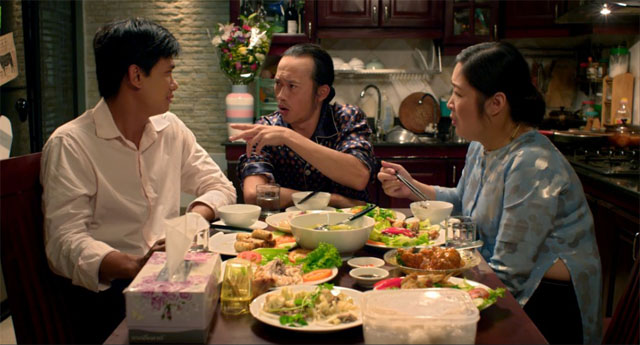 Cảnh trong phim Instant Noodle, đạo diễn Nguyễn Trọng Khoa - Hình từ trang web của ViFF / A scene from the film Instant Noodle by Khoa Trọng Nguyễn – Photo from ViFF website.