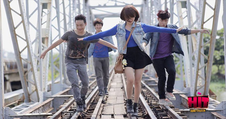 A promotional image of teen romance Hit: Hoang tu va Lo lem (Hit: The Prince and Cinderella) directed by Ngo Quang Hai. Photo from the movie's Facebook fan page