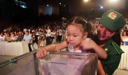 Charity show raises money for typhoon victims in the Philippines
