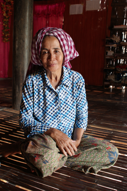 Chăm woman in Svay Khleang in Cambodia, during conversation about the village's history, photographed during my visit in 2010.