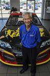 Salesman Dan Hoang