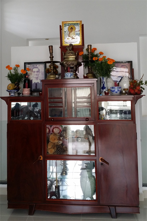 Cantho New House Altar