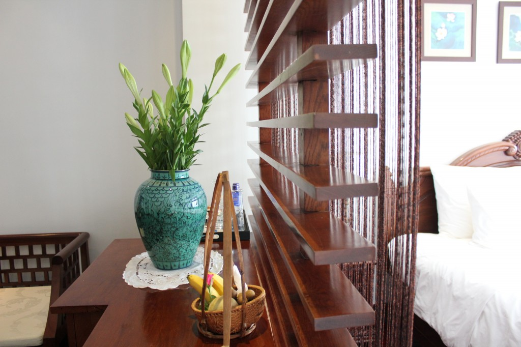Phòng ở khách sạn boutique Meracus 2, Hà Nội / Room at boutique hotel Meracus 2, Hà Nội. Photo: Anvi Hoàng