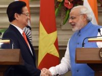 Nguyen Tan Dung and Narendra Modi
