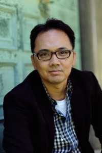 Vu Tran is an English professor at the University of Chicago.Dragonfish is his first novel
