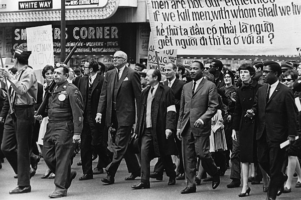 Martin Luther King leads an anti-war demonstration in Chicago on March 21, 1967.