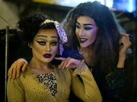 Vietnamese drag queens