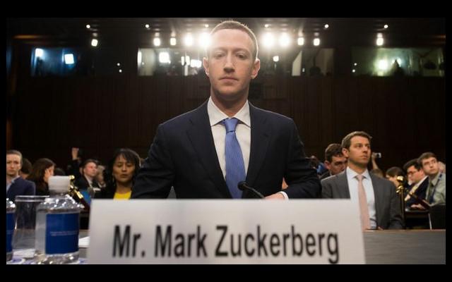 Facebook denies favoring Hanoi